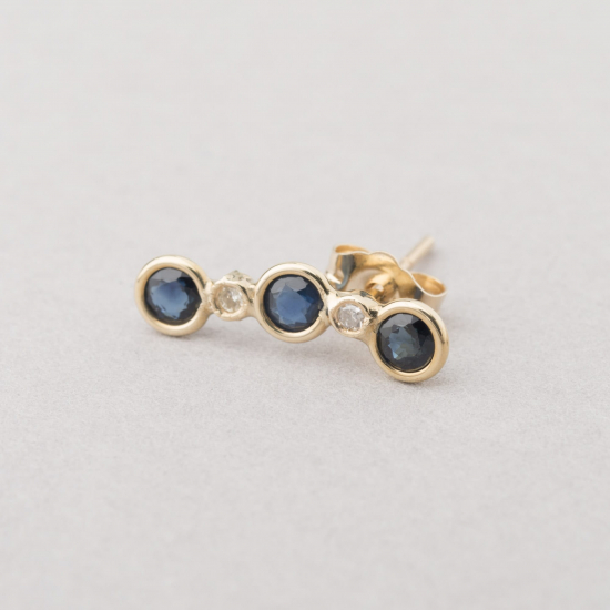 blue sapphire stud left